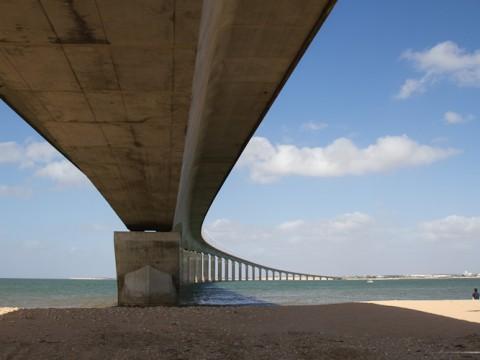 Le pont de l'ïle de Ré, août 2012 7801912486