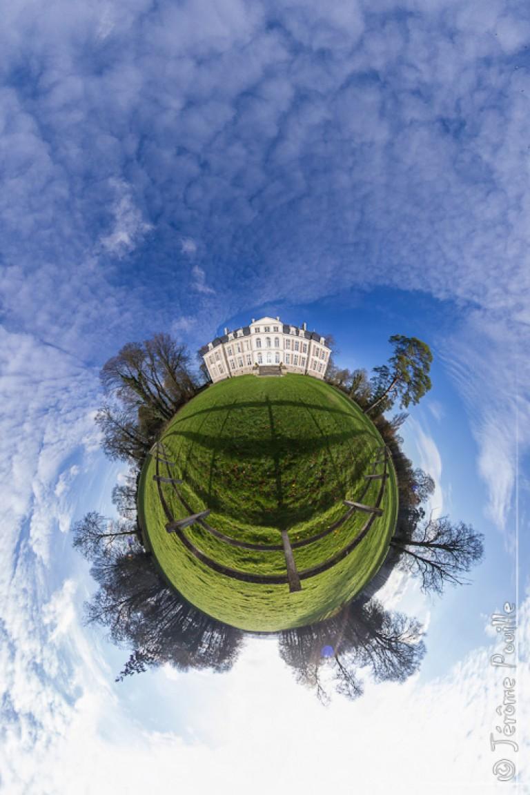 Petite planète du château de Flers