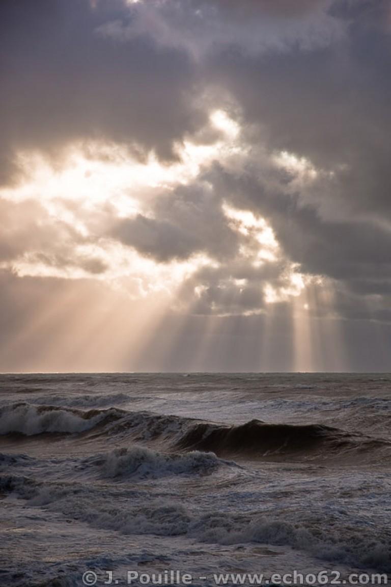 Tempête Joachim sur la côte d'Opale en décembre 2011-1