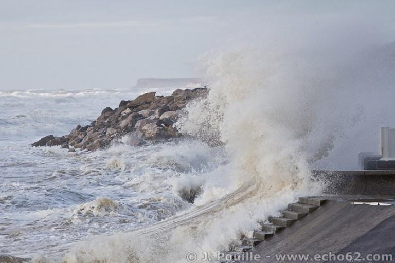 Tempête Joachim sur la côte d'Opale en décembre 2011-10