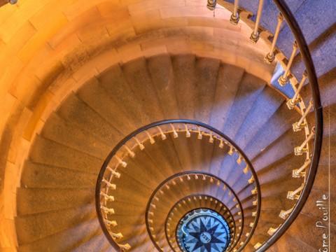 Escalier du phare des baleines