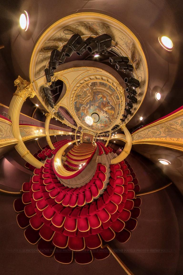 Petite planète de la grande salle du théâtre d'Angers