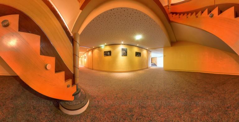 Panoramique couloir du théâtre d'Angers
