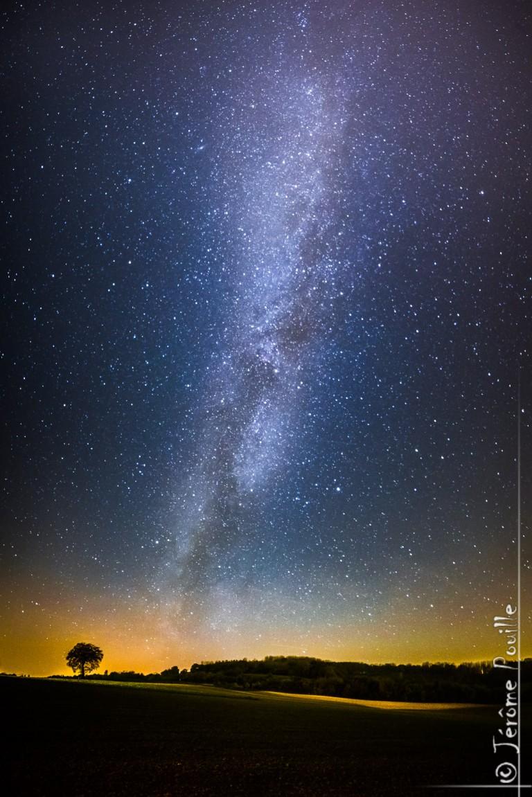Seul sous les étoiles