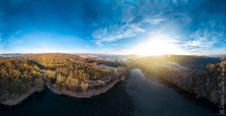 Panoramique au dessus du lac de Beugin (360°)