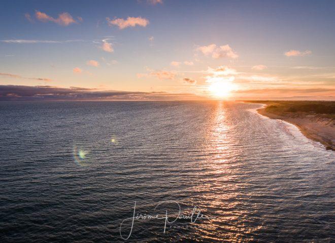 Coucher de soleil sur la plage du Bois-Plage-en-Ré
