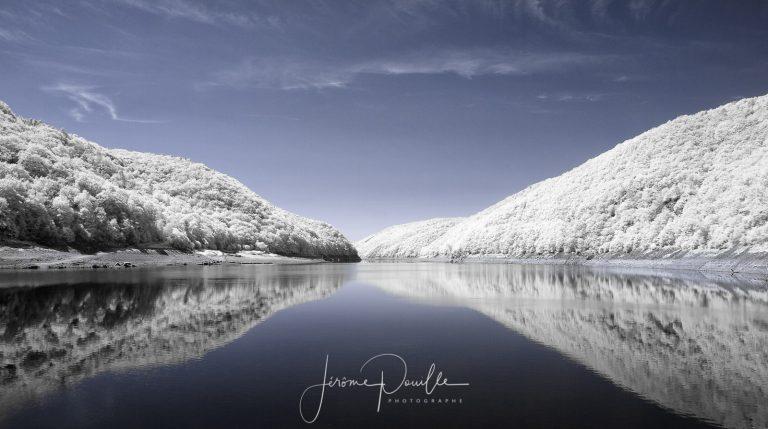 Miroir sur la Dordogne INFRARED